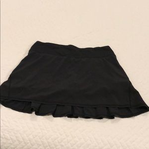 Lululemon black skirt